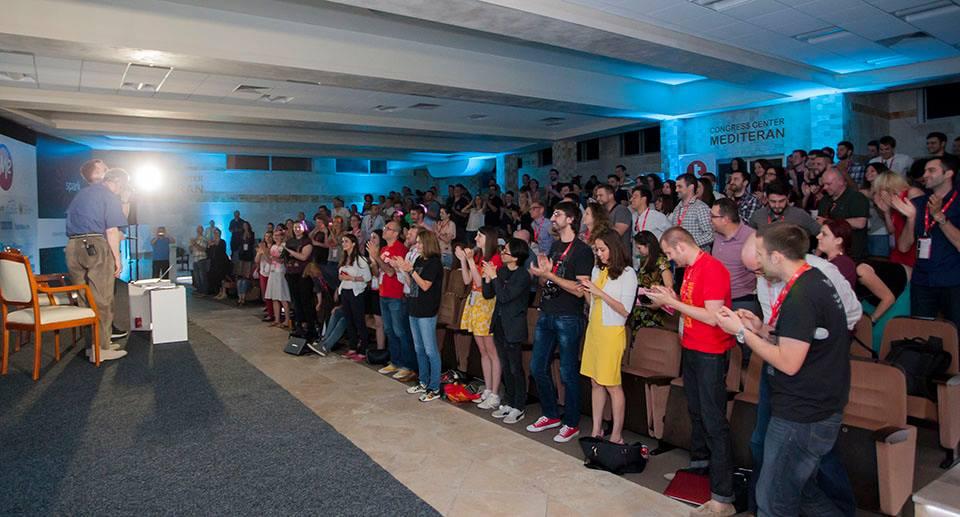 Standing ovations za kraj Spark.me :)